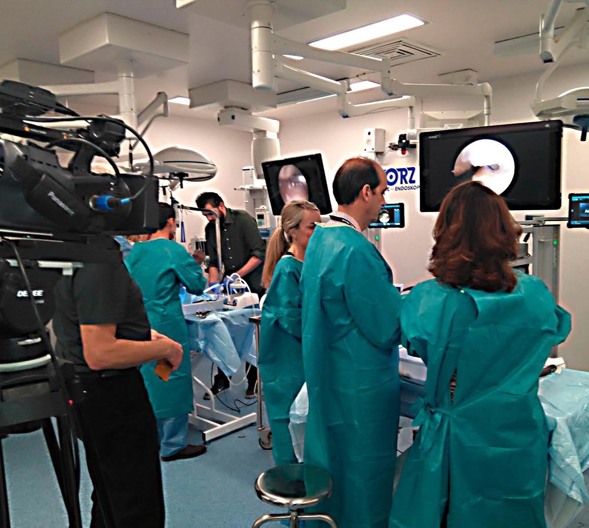 """Retransmisión quirúrgica  """"Congreso Artroscopia"""""""